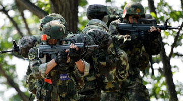 Armed police soldiers hold training sessions at Mountain Tai in China's Shandong
