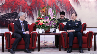Chinese defense minister meets Singaporean guest in Beijing