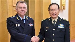 Chinese defense minister meets Russian guest